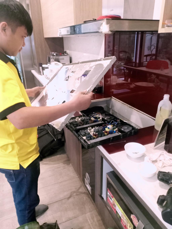 Dịch vụ sửa bếp từ Ichef tại nhà