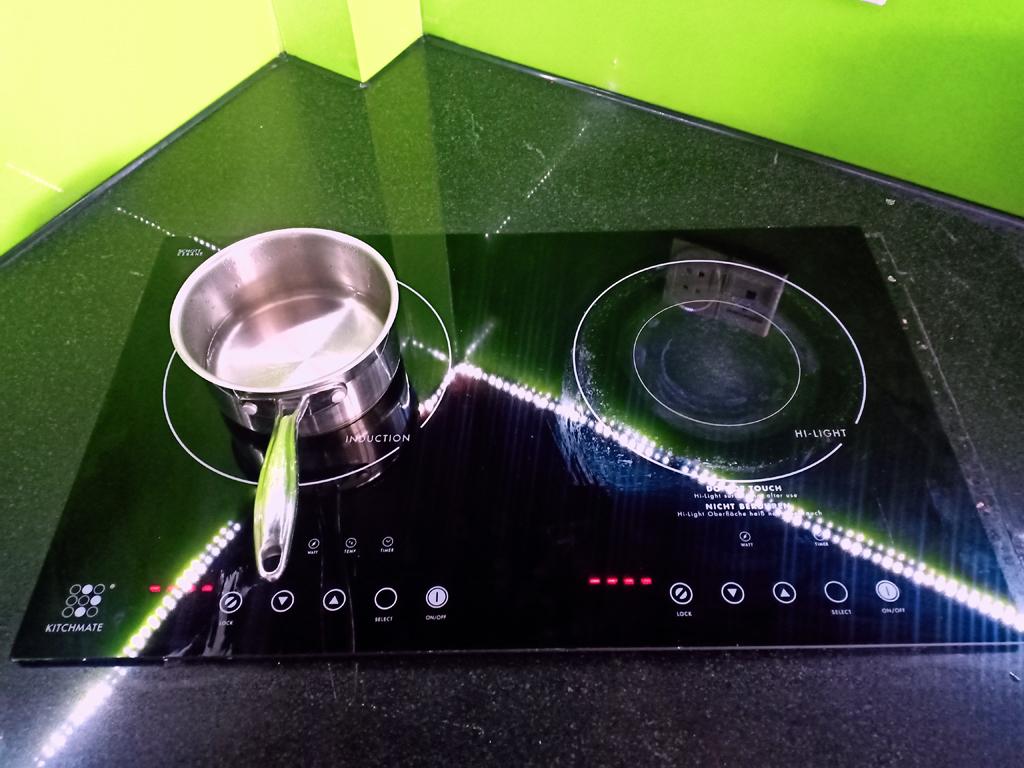 Dịch vụ sửa bếp từ Kitchmate tại nhà