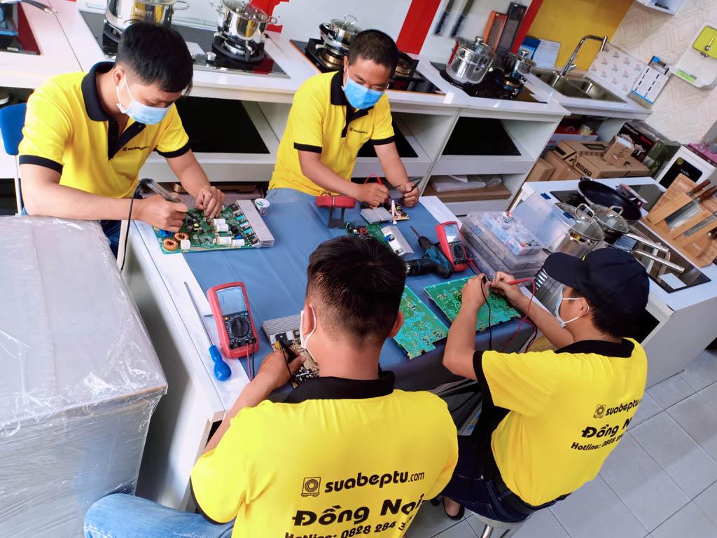 Dịch vụ sửa bếp từ Kitchmate tại TP. HCM