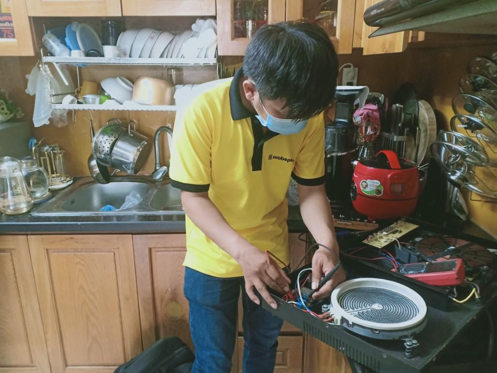 Dịch vụ sửa bếp từ Romal tại nhà