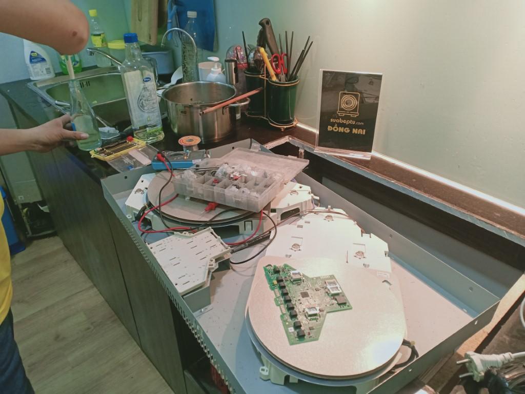 Dịch vụ bảo hành bếp hồng ngoại Sanaky