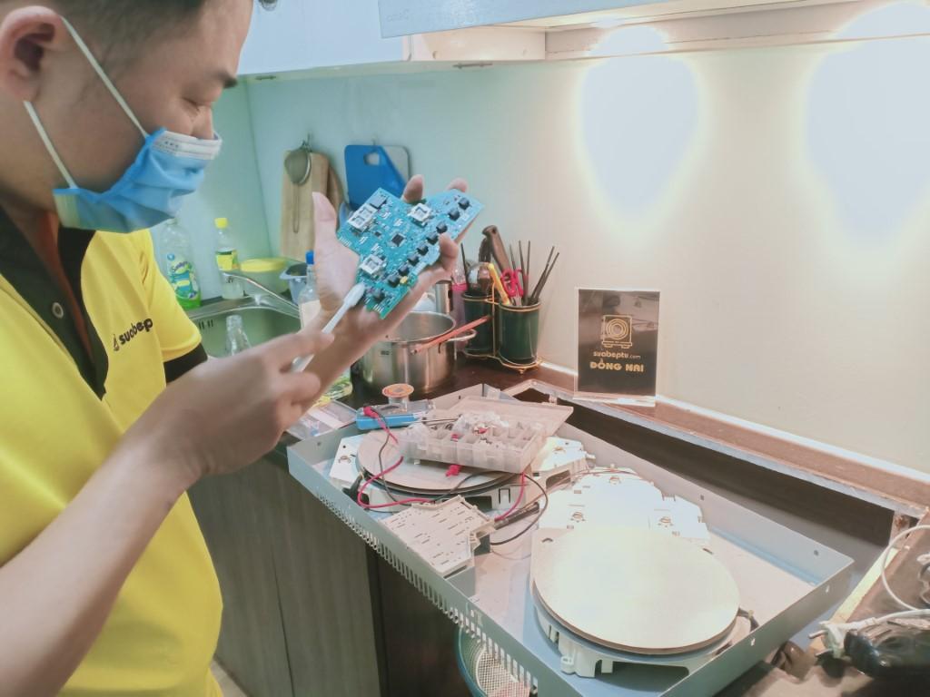 Bảo hành bếp hồng ngoại Spelier