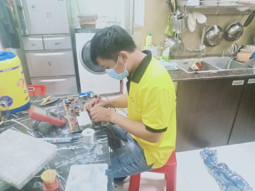 Dịch vụ sửa bếp từ Fujika bị lỗi chập điện