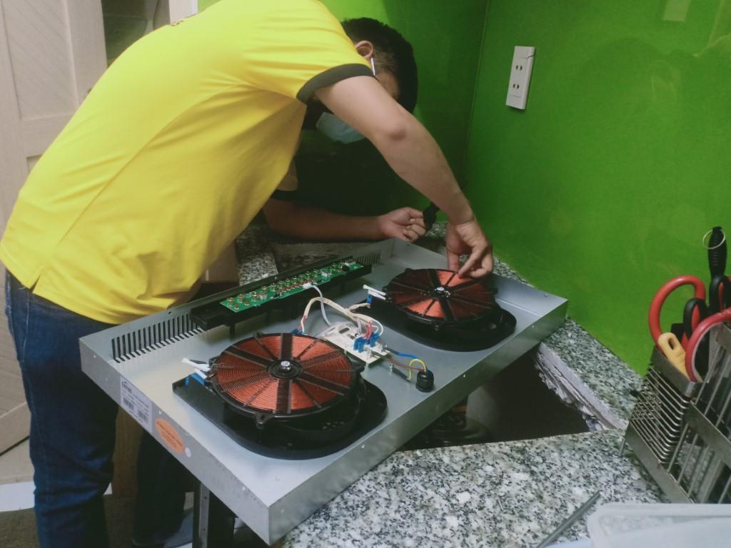Dịch vụ sửa bếp từ Miele lỗi E1
