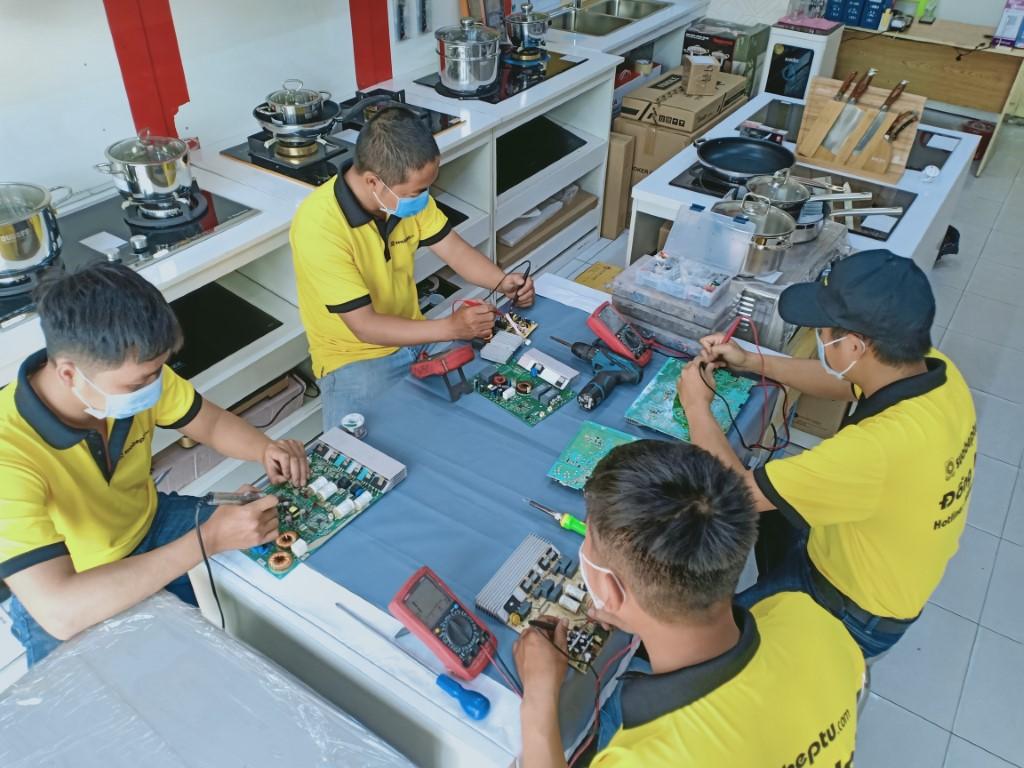 Dịch vụ sửa bếp từ Canaval lỗi E1