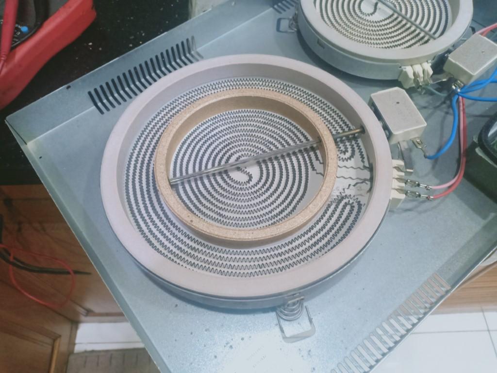 Dịch vụ sửa bếp từ Sunhouse lỗi E2