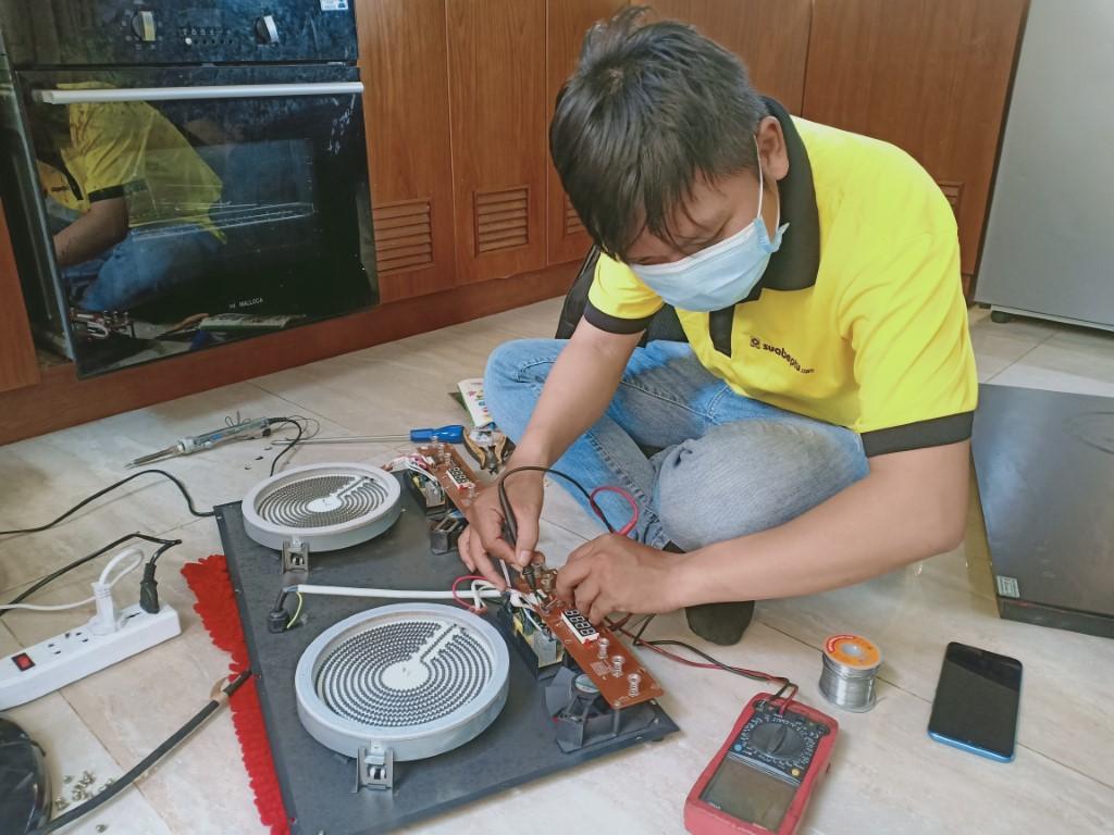 Dịch vụ sửa bếp từ Aber lỗi E9