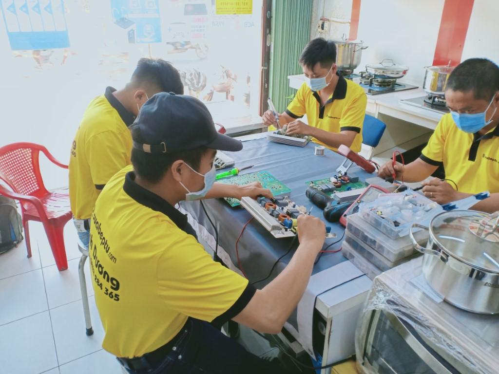 Dịch vụ sửa bếp từ Napoliz lỗi Er22