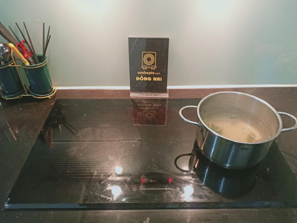 Mẹo sửa bếp hồng ngoại Baumatic bị lỗi chập điện