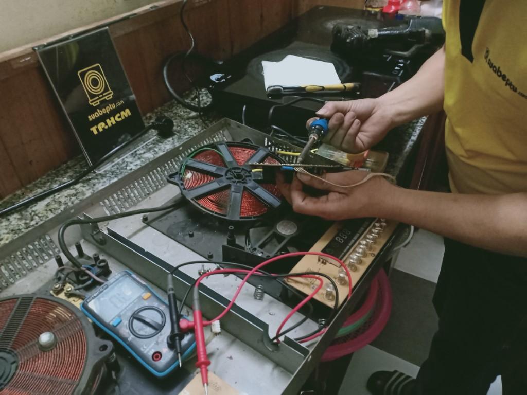 Cách tự sửa bếp hồng ngoại Frico bị lỗi chập điện