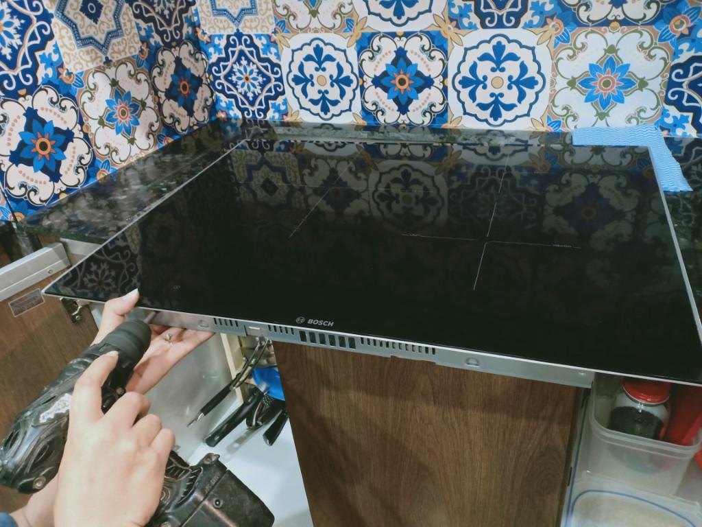 Mẹo vặt sửa bếp hồng ngoại Aber bị lỗi chập điện
