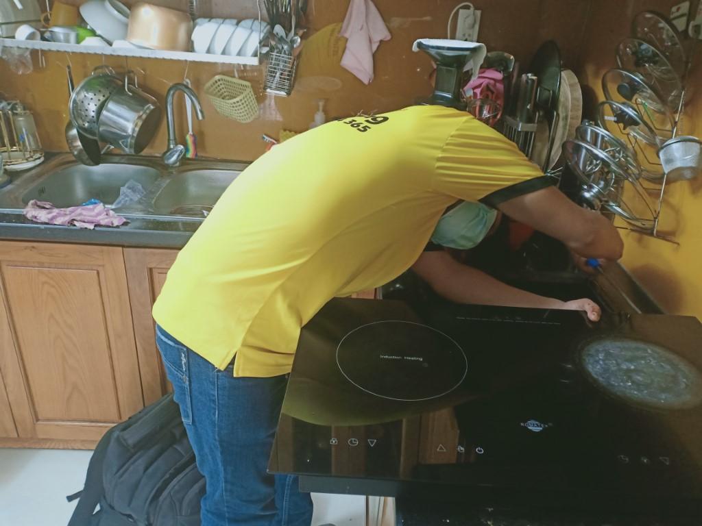 Cách sửa bếp hồng ngoại Spelier bị lỗi chập điện tại nhà