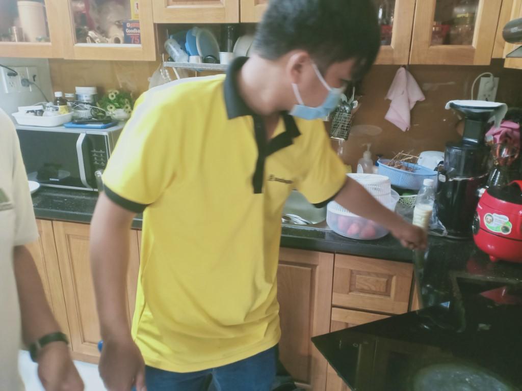 Dịch vụ sửa bếp hồng ngoại Midea