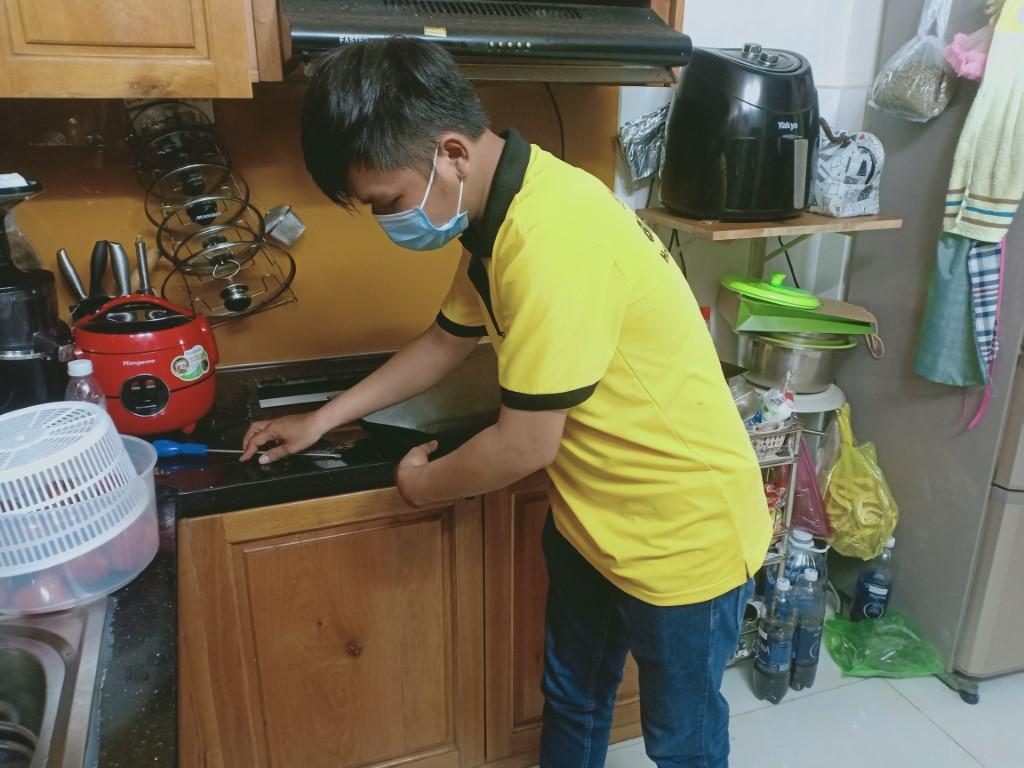 Hướng dẫn sửa bếp hồng ngoại Baumatic bị chập điện
