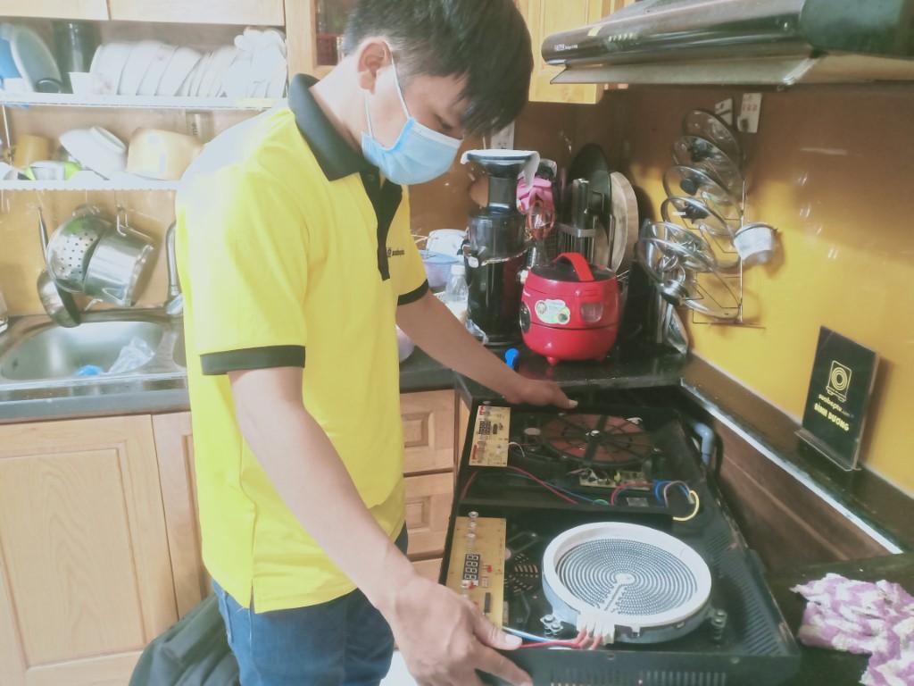 Hướng dẫn sửa bếp hồng ngoại Aber bị lỗi chập điện