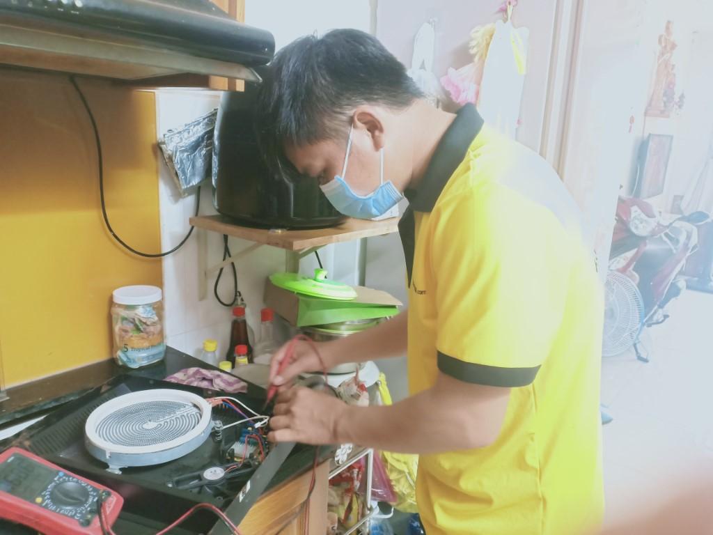 Cách tự sửa bếp hồng ngoại Fujika bị lỗi chập điện tại nhà