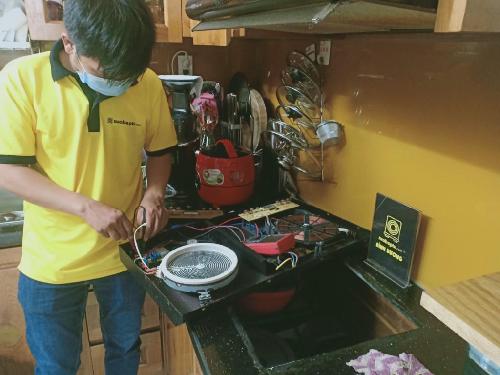 Cách sửa bếp hồng ngoại Sunhouse bị lỗi chập điện