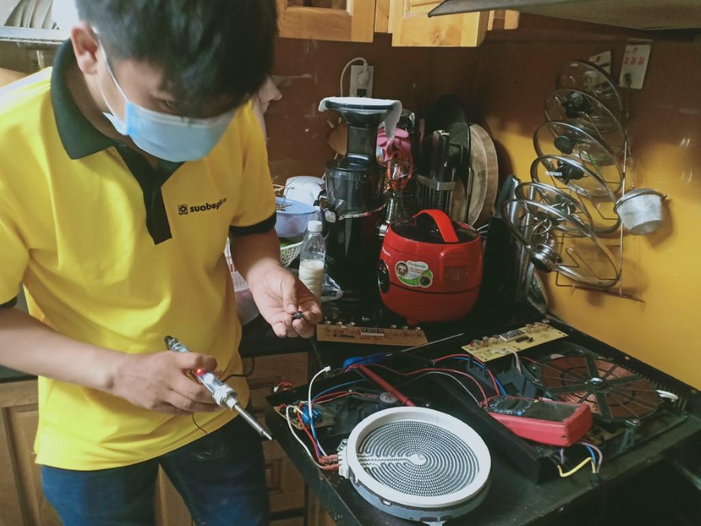 Mẹo vặt sửa bếp hồng ngoại Midea bị lỗi chập điện