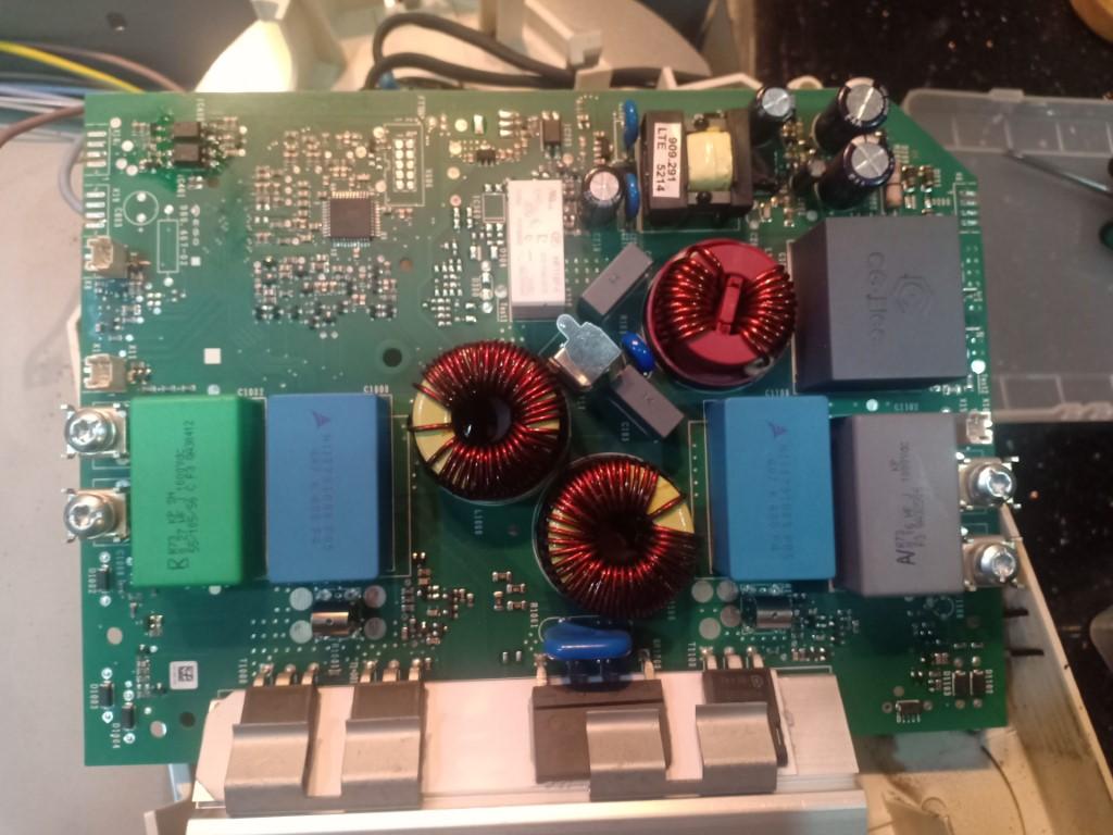 Cách tự sửa bếp hồng ngoại Baumatic bị lỗi chập điện tại nhà