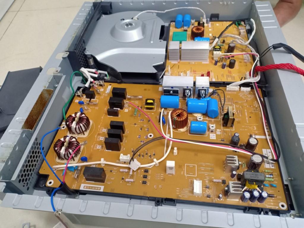 Sửa bếp hồng ngoại Baumatic bị lỗi chập điện tại nhà
