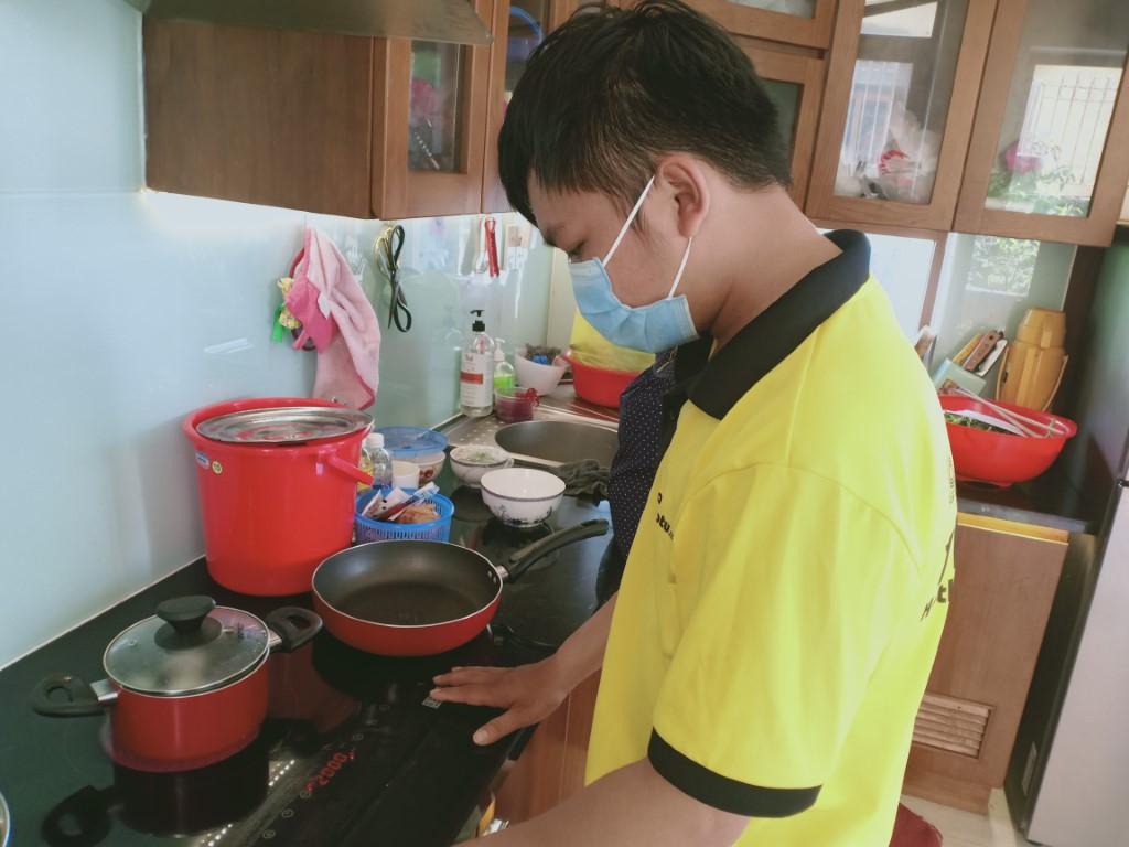 Dịch vụ sửa bếp từ Napoliz lỗi mất nguồn