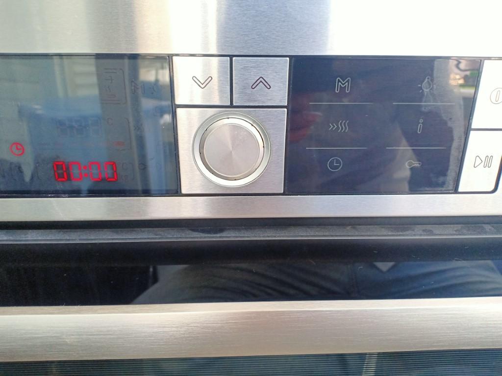 Sửa bếp từ Ferroli bị lỗi chập điện tại nhà