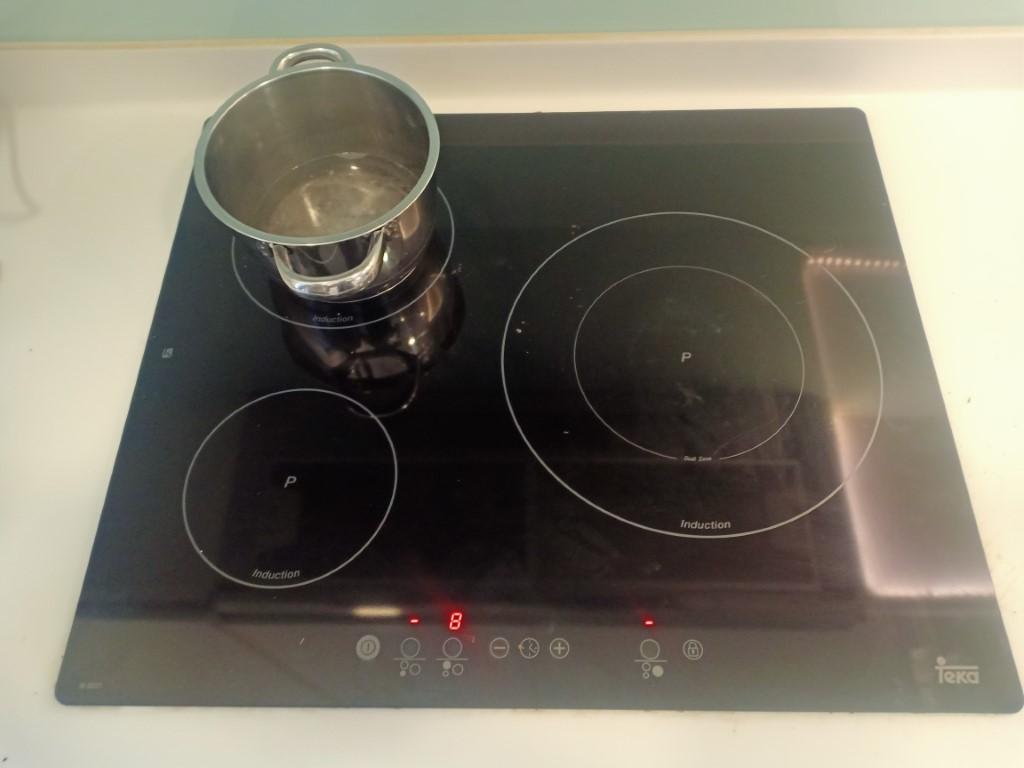 Hướng dẫn sửa bếp từ Ichef bị lỗi chập điện