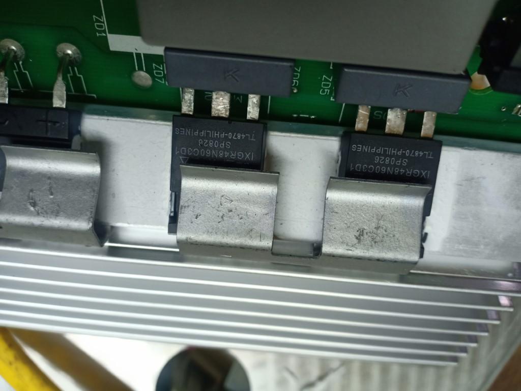 Hướng dẫn sửa bếp từ AEG bị lỗi chập điện