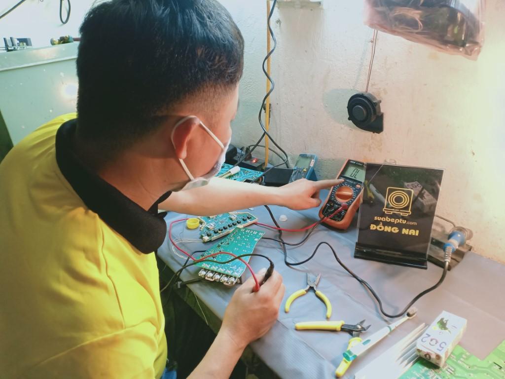 Dịch vụ sửa bếp từ Kitchmate tại Biên Hòa