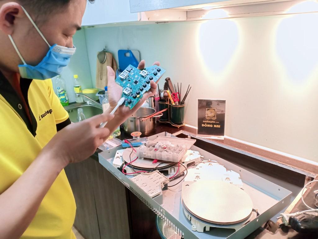 Dịch vụ bảo hành bếp từ Bosch